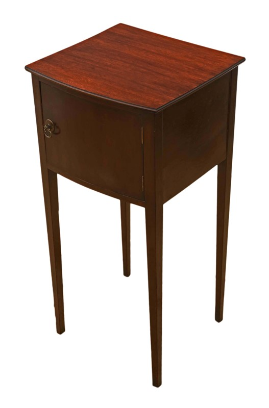 Mahogany bedside table cupboard -prior-willis-antiques-7252-4-main-636956959021485312.jpg