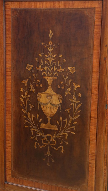 19th Century marquetry linen press -prior-willis-antiques-7590-2-main-637235857503421870.jpg