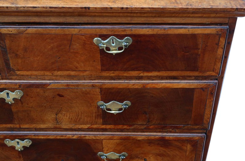 Georgian oyster walnut fruitwood chest of drawers-prior-willis-antiques-7718-4-main-637421826905837161.jpg