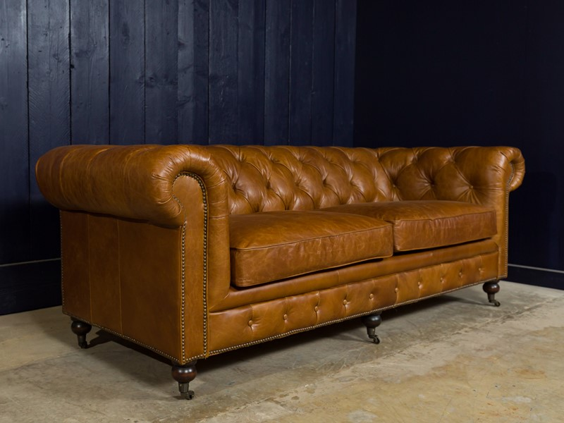 3 Seater Chesterfield Sofa-pure-white-lines-pwl-190504---img-0290-main-636933577402352021.jpg