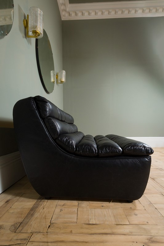 Modern - Black Leather Dalston Two Seater-pure-white-lines-pwl-200523---img-8423-main-637267061335478329.jpg