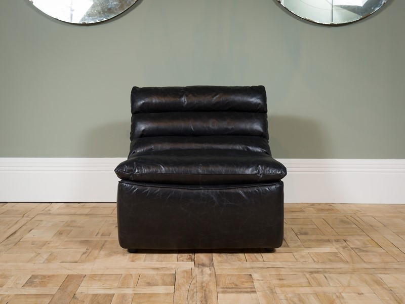 Modern - Black Dalston One Seater Sofa-pure-white-lines-pwl-200523---img-8439-main-637267059034398164.jpg