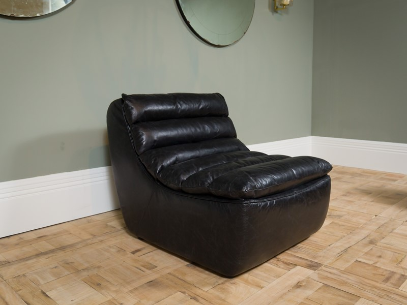 Modern - Black Dalston One Seater Sofa-pure-white-lines-pwl-200523---img-8440-main-637267059050960988.jpg