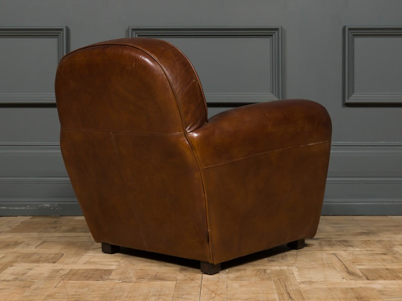 Modern - Mackintosh Leather Club Chair-pure-white-lines-pwl-200719---img-1006-main-637355154957386360.jpg