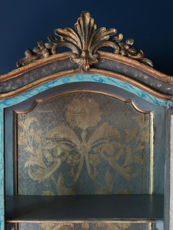 18th century Painted Faux Marble Vitrine-roche-coward-antiques-18th-century-venetian-vitrine-00003-main-637243778407699460.jpg