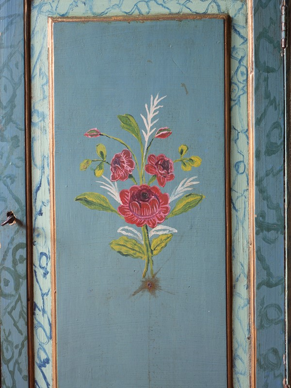 18th century Painted Faux Marble Vitrine-roche-coward-antiques-18th-century-venetian-vitrine-00011-main-637243778475824636.jpg