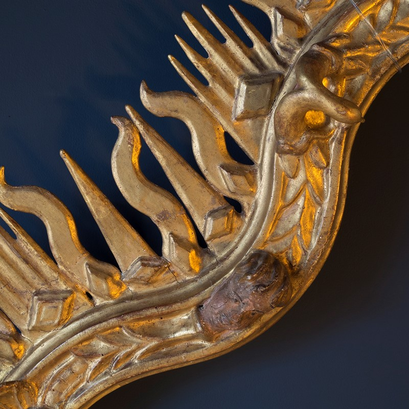 18th Century Giltwood Sunburst Surmount-roche-coward-antiques-carved-giltwood-surmount-00006-main-637405451461570807.jpg