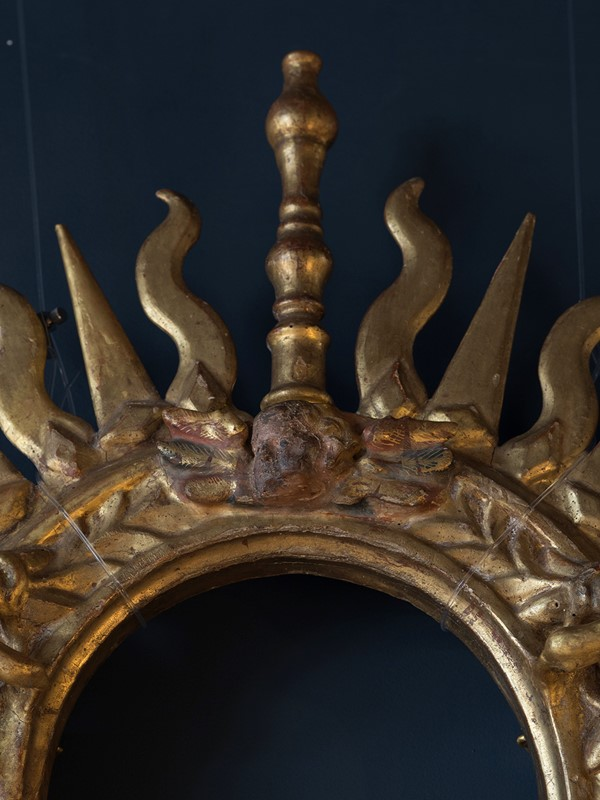 18th Century Giltwood Sunburst Surmount-roche-coward-antiques-carved-giltwood-surmount-00014-main-637405451521883049.jpg
