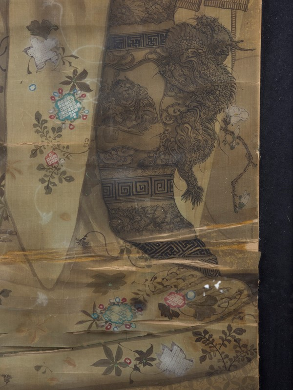 19th Century Full length Japanese Portrait on Silk-roche-coward-antiques-meiji-japanese-full-length-silk-portrait-00005-main-637209878888467173.jpg