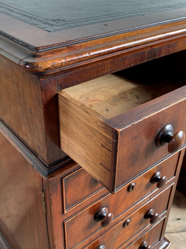 19th century mahogany pedestal desk-ron-green-img-0530-main-636861888205700959.JPG