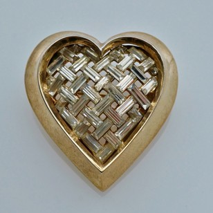 Trifari heart brooch, gilt, by Alfred Philippe
