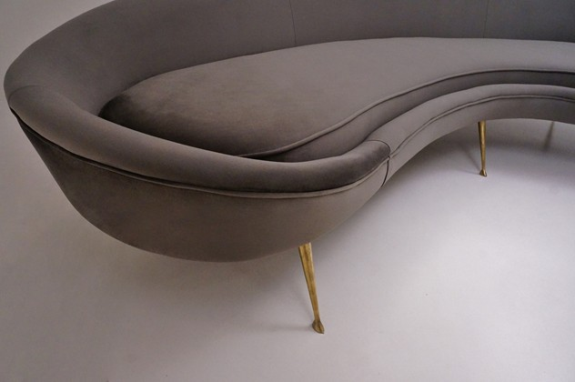 Kidney shaped sofa Ico Parisi 1950's style -roomscape-DSC07004 (1500x997)_main_636029889581625151.jpg