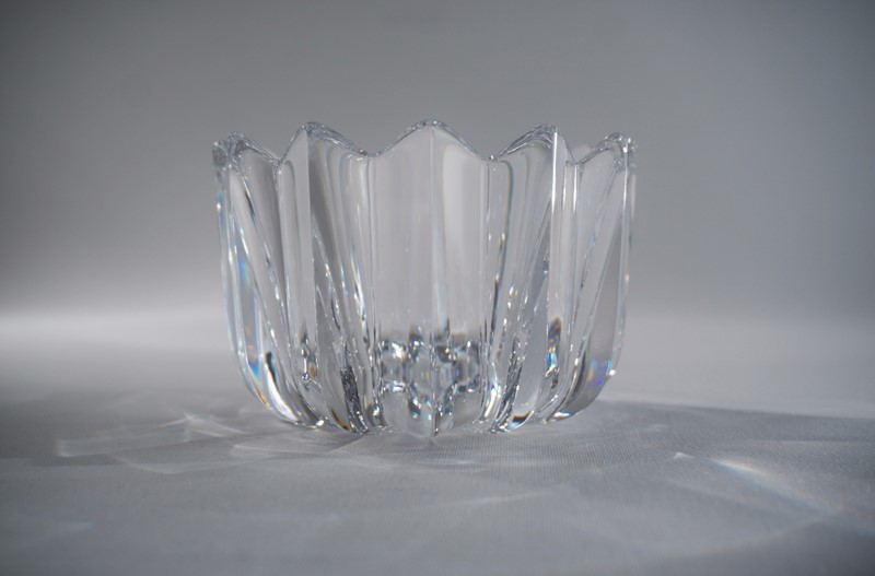 Orrefors crystal Fleur bowl by Jan Johansson-roomscape-dsc04081-1500x988-main-637113834770058791.jpg