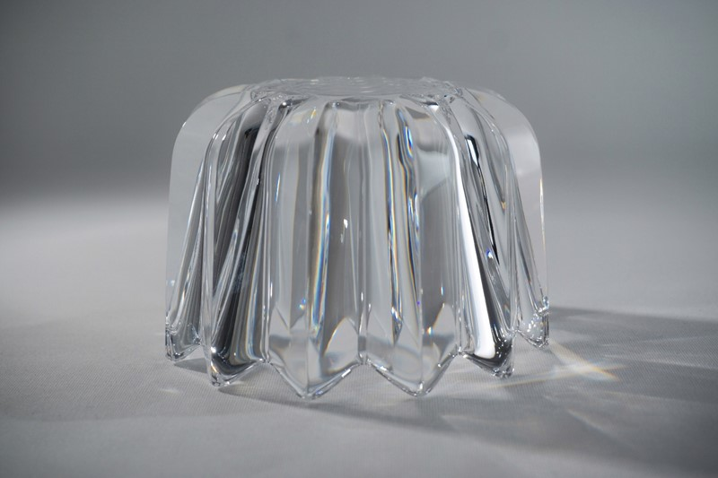Orrefors crystal Fleur bowl by Jan Johansson-roomscape-dsc04107-1500x999-main-637113834892088904.jpg