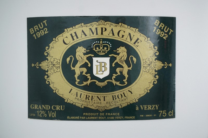 Top hat vintage champagne ice bucket Laurent Bouy-roomscape-dsc04194-1500x998-main-637113819074504241.jpg