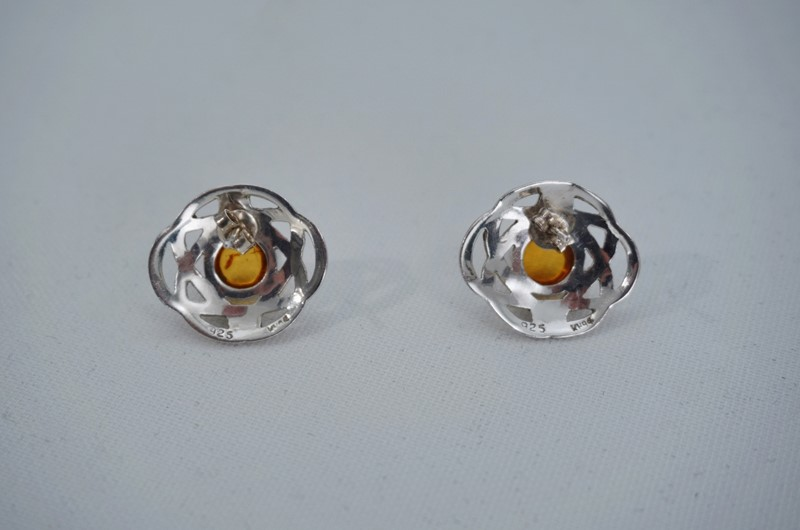 Pair Celtic knot earrings sterling silver & amber-roomscape-dsc04662-1500x993-main-637126856815805923.jpg