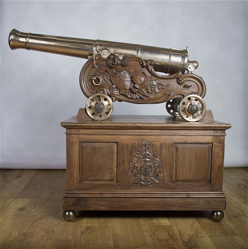 Pair of Rare Bronze 3-pounder Canon-stratford-armouries-limited-img-0985jpg-main-636903421140663624.jpg