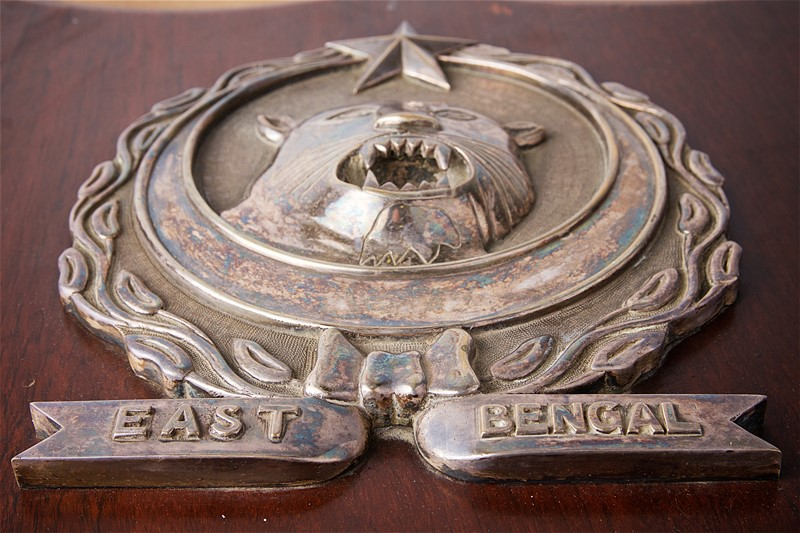 2 mounted regimental shields on mahogany plaques-stratford-armouries-limited-img-8305-main-636820366260780127.jpg
