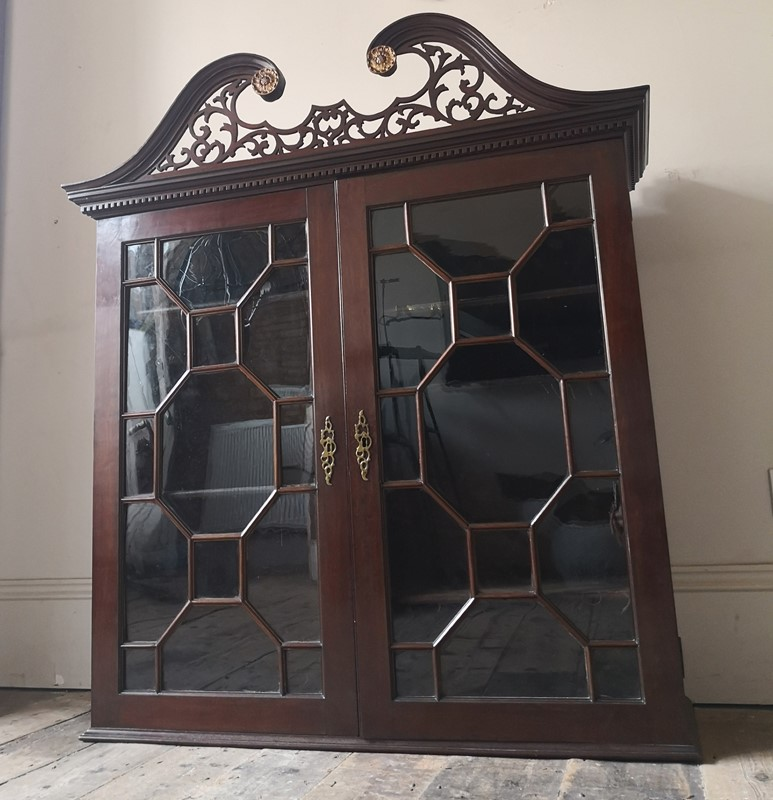 George III cabinet-tales-from-the-rookery-img-20191109-124651-main-637089008793213914.jpg