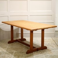 Pine Arts and crafts type dining table