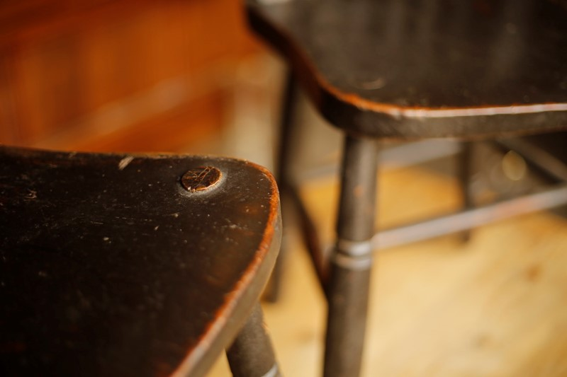 19th century Windsor side chairs, original black -tallboy-interiors-unadjustednonraw-thumb-f3f-main-637003437967010105.jpg