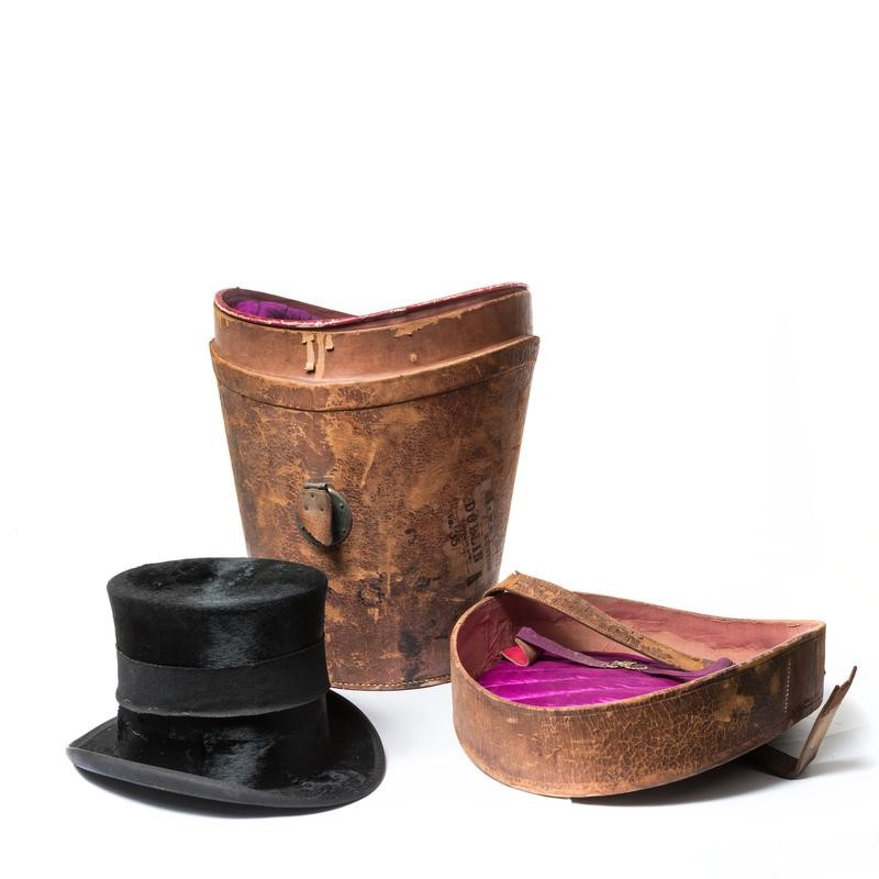 Antique top hat with leather hat box-the-architectural-forum-antique-top-hat-with-case-800x-main-636808338355921384.jpg
