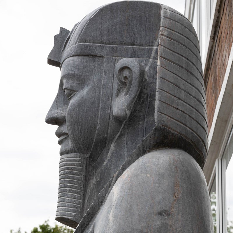 Monumental egyptian pharaoh marble statue -the-architectural-forum-large-egyptian-marble-statue-7-main-637258518180526847.jpg