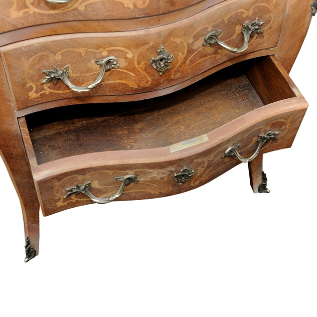 French Louis XV Style Small Bombe Shaped Commode -the-decorator-source-159_main_635978880456307056.jpg