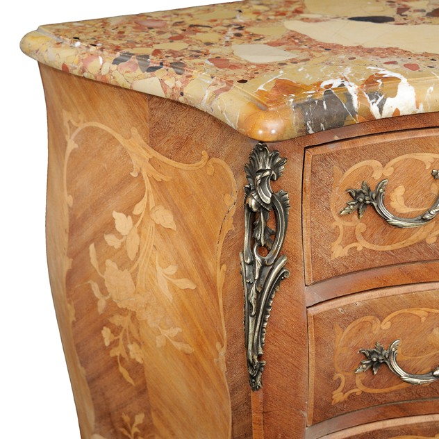 French Louis XV Style Small Bombe Shaped Commode -the-decorator-source-159e_main_635978880749602096.jpg