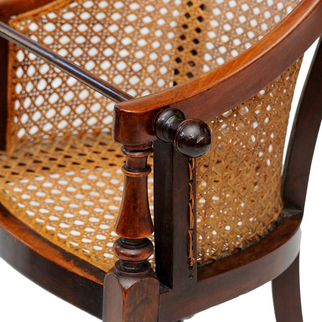 George III Mahogany Childs Chair & Table-the-decorator-source-324F_main_636177575097965538.jpg