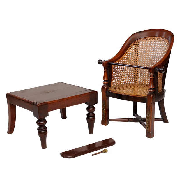 George III Mahogany Childs Chair & Table-the-decorator-source-324_main_636177574615585710.jpg