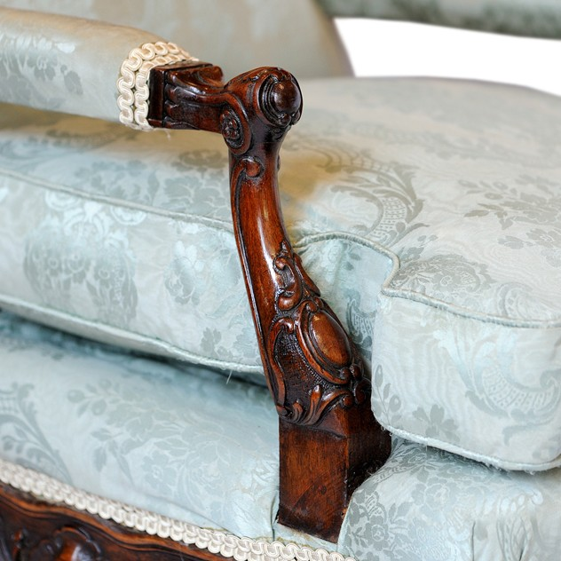 French Walnut Louis XV Style Bergere Arm Chair  -the-decorator-source-373d_main_636235546366891524.jpg