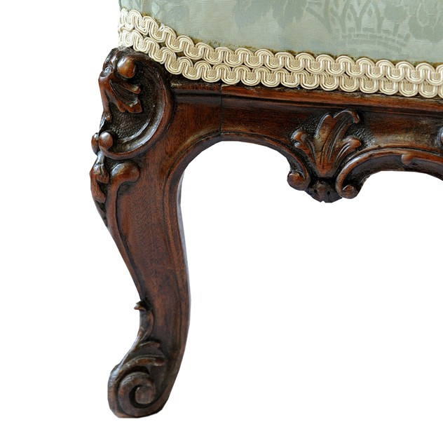 French Walnut Louis XV Style Bergere Arm Chair  -the-decorator-source-373e_main_636235546552541044.jpg