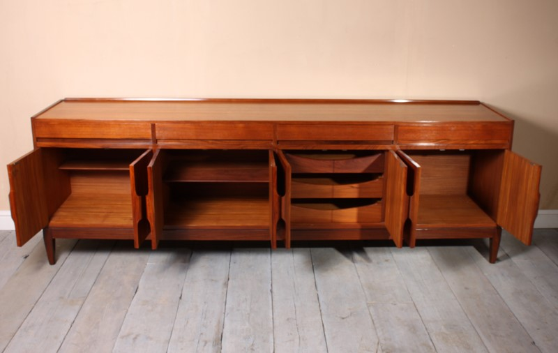 Vintage Mid Century Teak Sideboard c1960-the-furniture-rooms-img-2839-main-636854887172310274.jpg