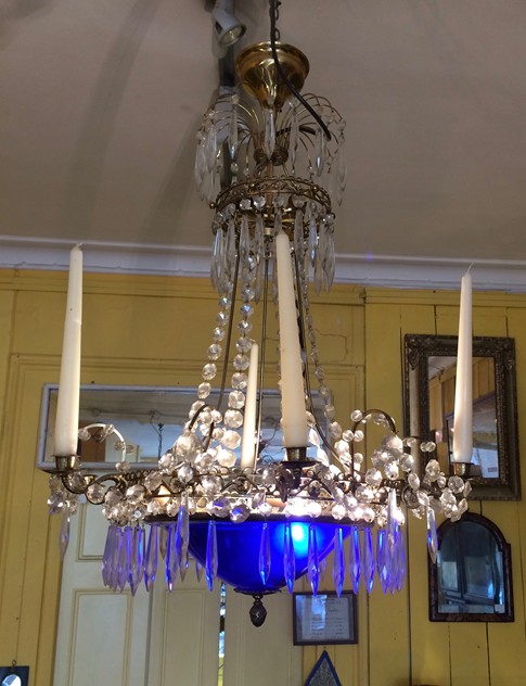 chandelier-the-lacquer-chest-IMG_6980_main_636543827978166953.jpg