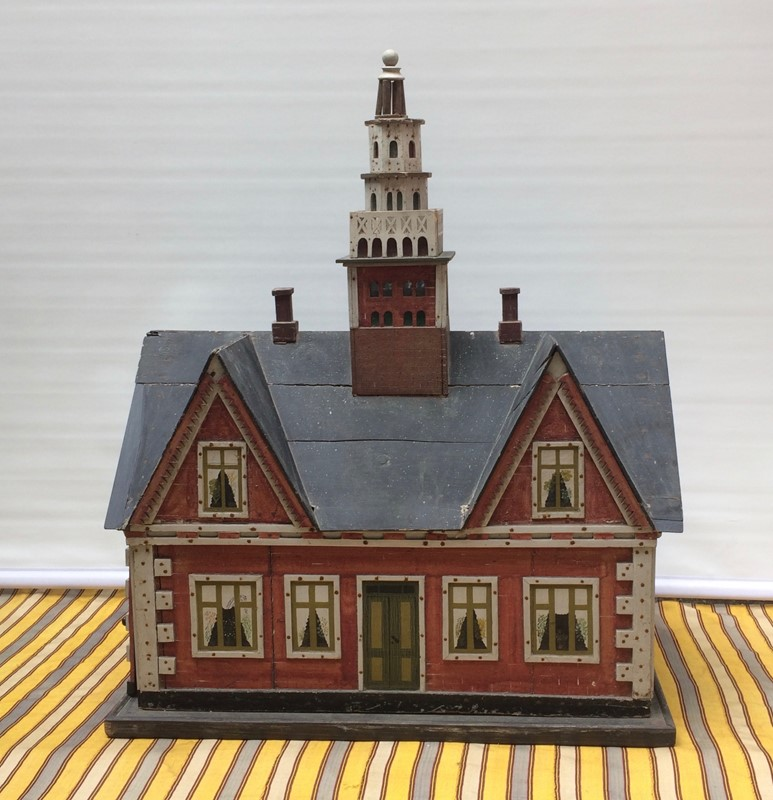 Red House Model-the-lacquer-chest-img-3618-main-637096684355769297.jpg