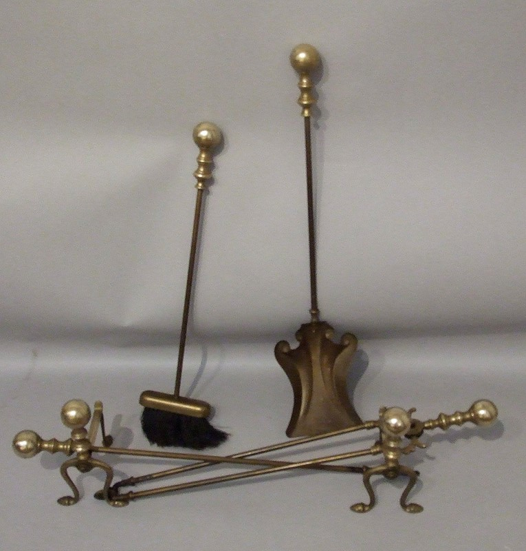 A set of Victorian brass fire irons-the-millinery-works-s4224b-1-main-637254993714914749.JPG