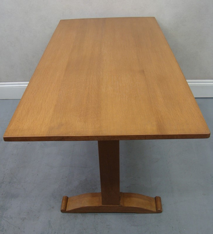 A 1930s limed ohiak dining table -the-millinery-works-srml113-7-main-637471902187937461.JPG