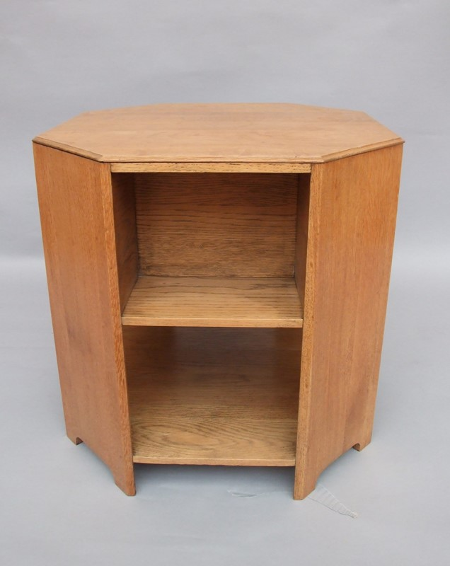 An oak octagonal three tier coffee/book table-the-millinery-works-srml77-1-main-636901721152153748.JPG