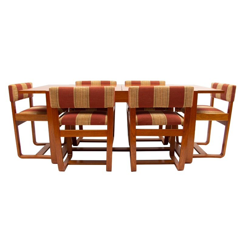 British Midcentury Dining Set by Uniflex c.1960-the-old-cinema-29022a-main-637383749801085211.jpg