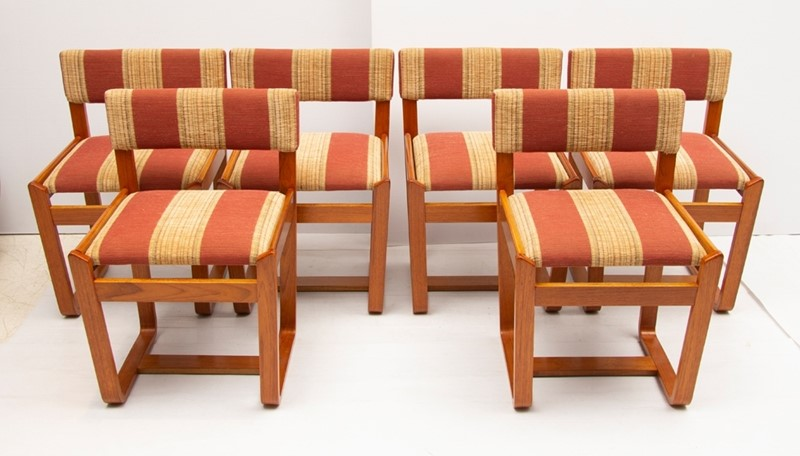 British Midcentury Dining Set by Uniflex c.1960-the-old-cinema-29022e-main-637383749917023118.jpg