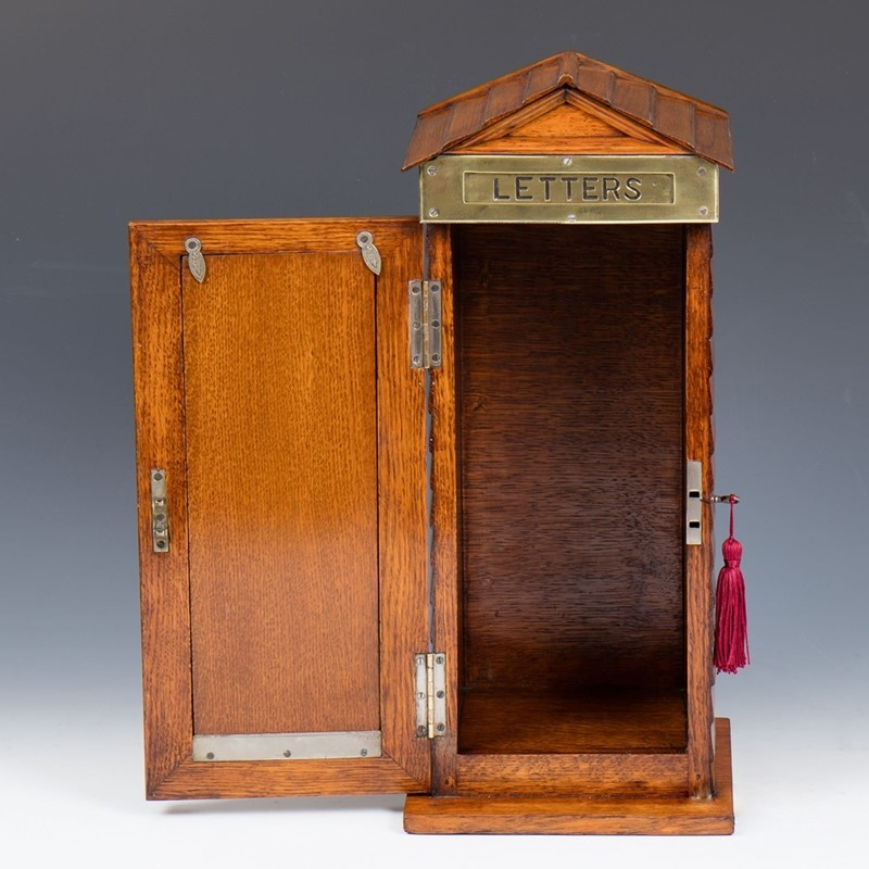 Edwardian Oak Post Box in the Form of a Sentry Box-the-old-cinema-31131e-30-main-637534074001568964.jpg