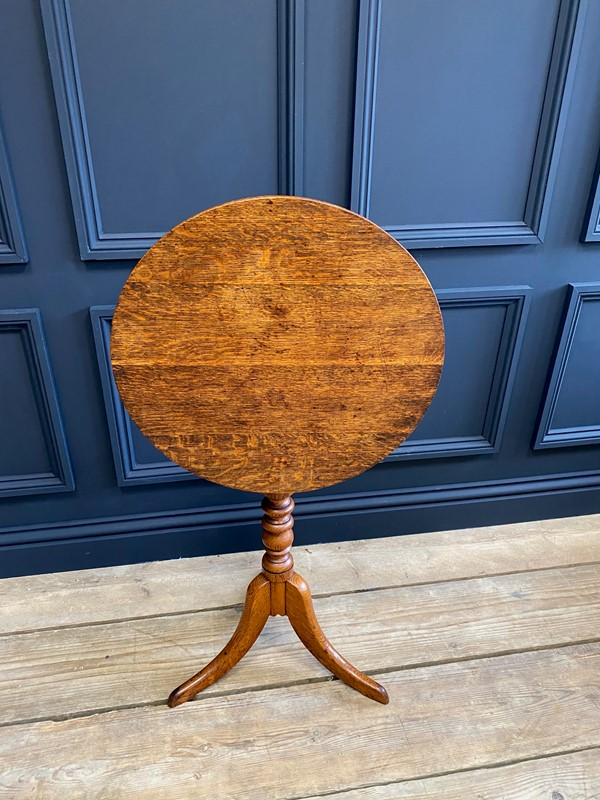 18th C Oak Tilt Top Occasional Table-the-orangery-img-0758-main-637515987792083198.jpg
