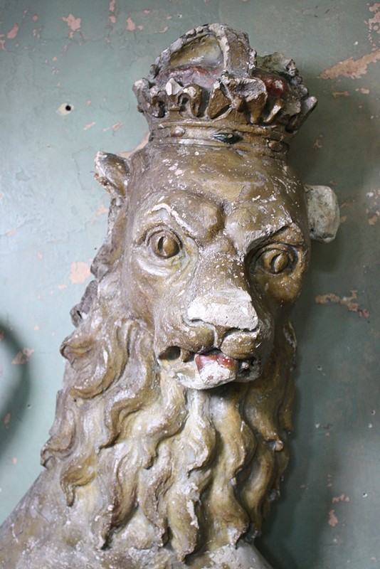 18th Century Heraldic Gilt Lion -the-school-for-scandal-img-0358-fotor-main-637340745814394585.jpg