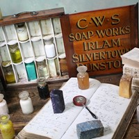 Early 20th.C Travelling Salesman's Soap Sampler