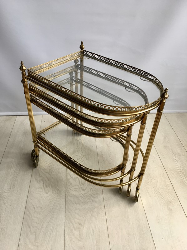 Beautiful nest of vintage brass tables/trolleys-the-vintage-trader-img-4525-1-main-636856591952468650.jpg