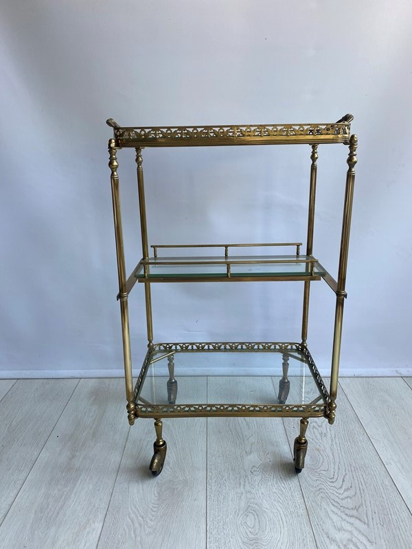 Vintage brass drinks trolley side table-the-vintage-trader-img-7831-main-637382782288688078.jpg