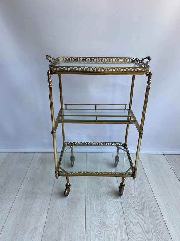 Vintage brass drinks trolley side table-the-vintage-trader-img-7832-main-637382782325250068.jpg