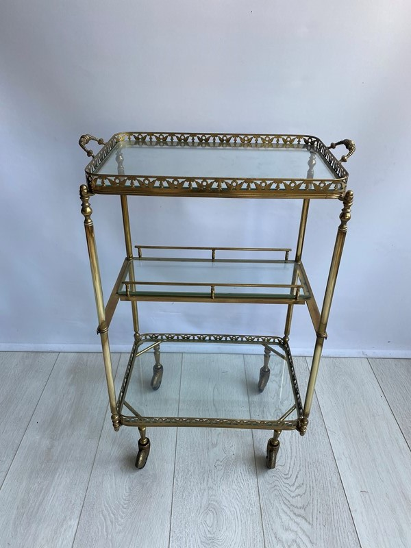Vintage brass drinks trolley side table-the-vintage-trader-img-7835-main-637382782395875363.jpg