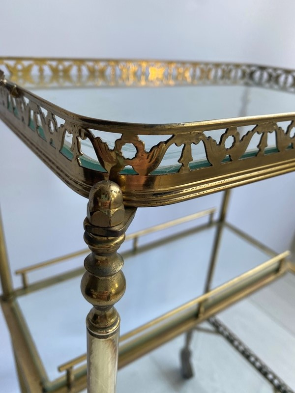 Vintage brass drinks trolley side table-the-vintage-trader-img-7837-main-637382779815103759.jpg